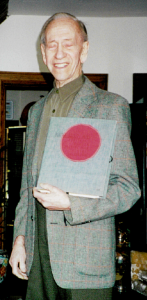 "Hans Kaufman with ""Behind Barbed Wire,"" 7 March 2001."